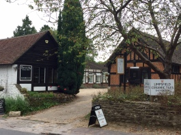 Limpsfield Ceramics, Serenity & Chic Grooming
