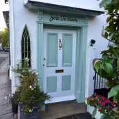 Joie de Vivre Boutique. Kiwi House. Limpsfield. Such a tiny shop, so many beautiful clothes and accessories, handpicked by the lovely Jayne and Vix from France and Italy. https://www.facebook.com/Joie-De-Vivre-boutique-398255686947217/